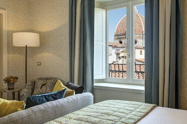 Hotel Savoy room and Duomo