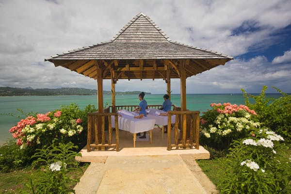 Massage in Gazebo
