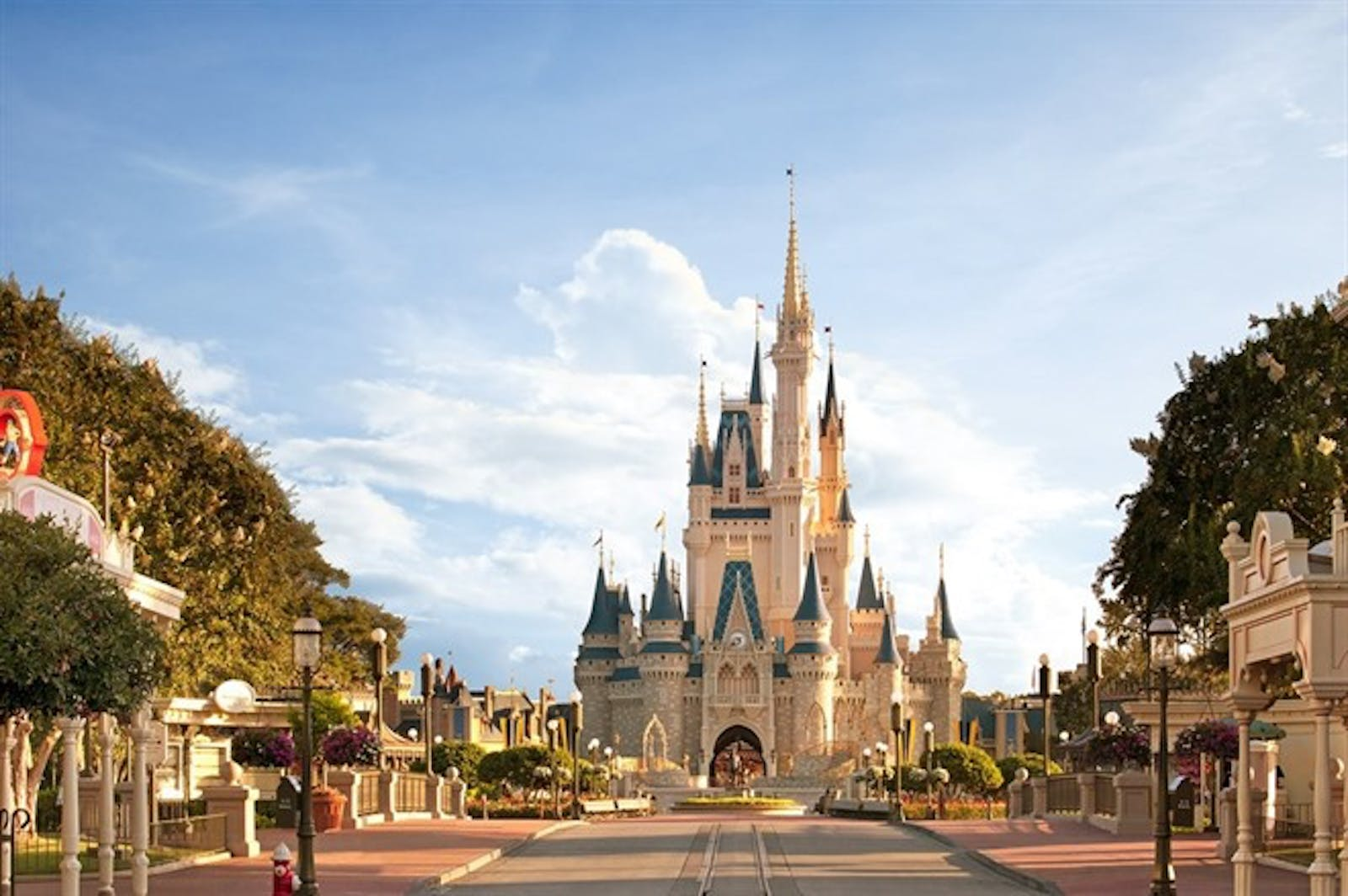 Cinderella Castle & Main Street - Disney Magic Kingdom