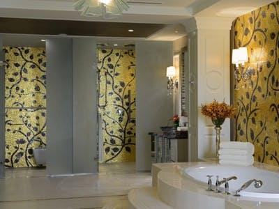 Ritz-Carlton Suite & Royal Suite