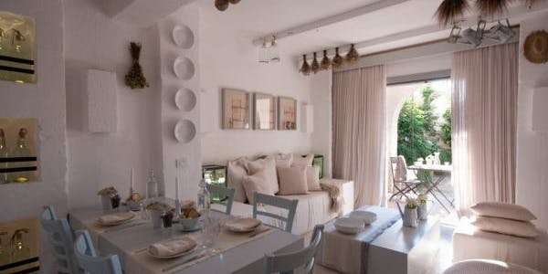 Casetta Magnifica (Borgo Two-Bedroom Townhouse)