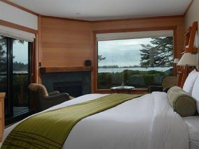 Beach Deluxe Rooms