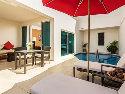 Anthurium Pool Suites