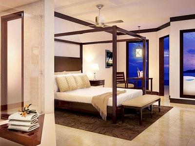 South Seas Grande Luxe Junior Suite with Veranda Tranquillity Soaking Tub