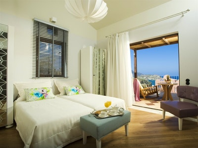 Family Suite Garden or Sea View with Outdoor Jacuzzi or Sea View with Private Pool