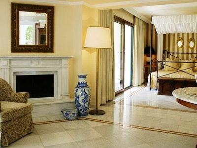 Two Bedroom Suite (80 sqm)