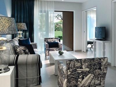 One Bedroom Bungalow Suites