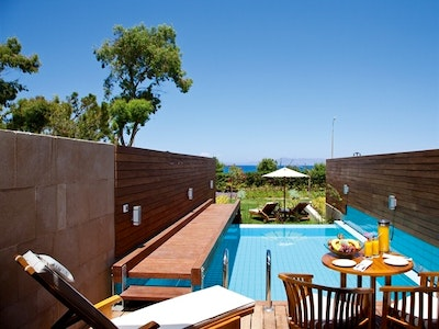 Elite Suite With Private Pool & Garden
