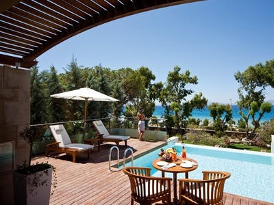 Elite Executive Suite With Private Pool