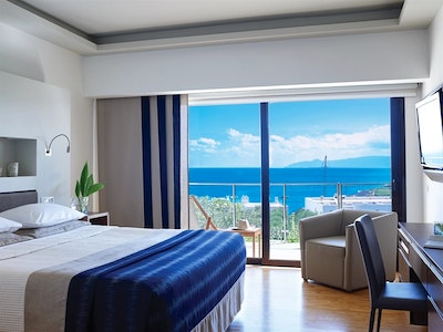 Porto Sea View Suites with Shared or Private Pool