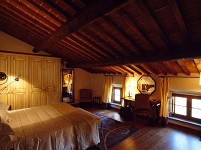 De Luxe Rooms
