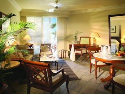 Colonial Garden View Senior Suites