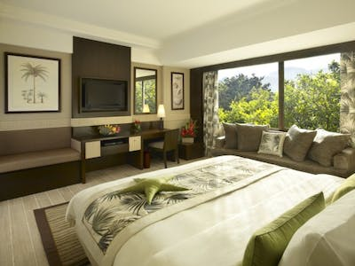 Superior Hillview Room