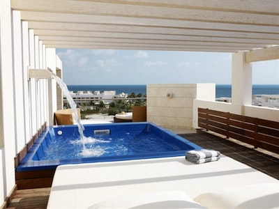 Ocean View Terrace Suites With Plunge Pool