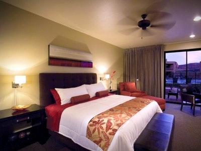 Villas; King, Double Queen, King Suite, Double Queen Suite & Two Bedroom