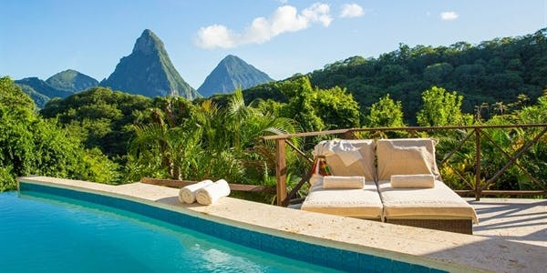 Casuarina Piton Pool Suite
