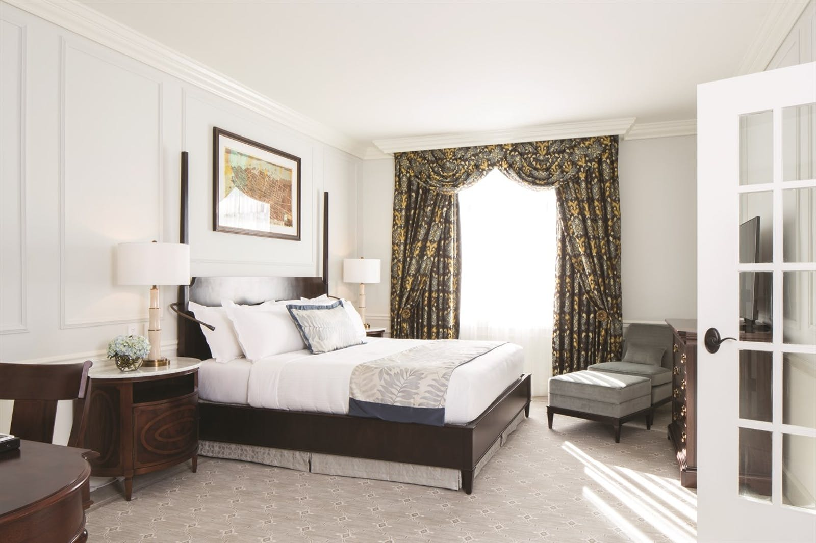 Bedroom at Belmond Charleston Place, Charleston