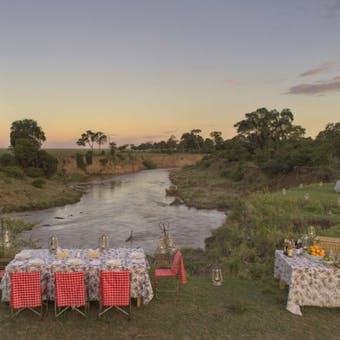 Alfresco dining at &Beyond Bateleur Camp