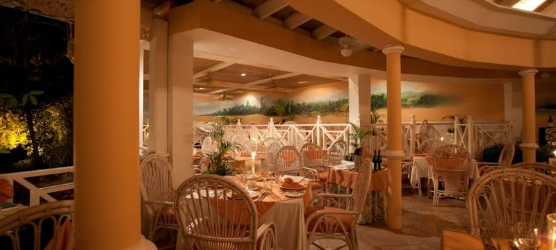 Tamara's Restaurant at Coco Reef Resort