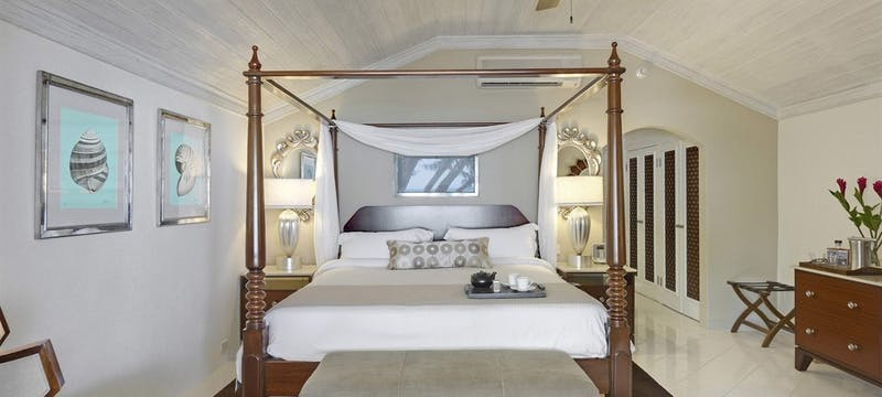 Luxury Ocean View Room at Colony Club by Elegant Hotels