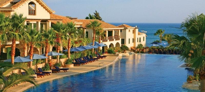 Resort Suites & Pool