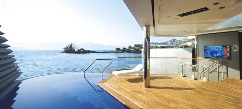 Yachting Villa