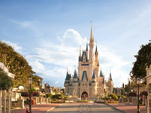Main Street & Cinderella's Castle - Walt Disney World - Magic Kingdom