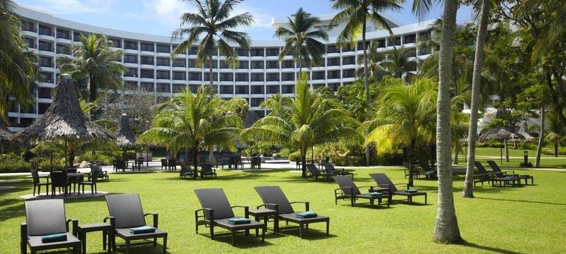 Garden Area at Golden Sands Resort by Shangri-La