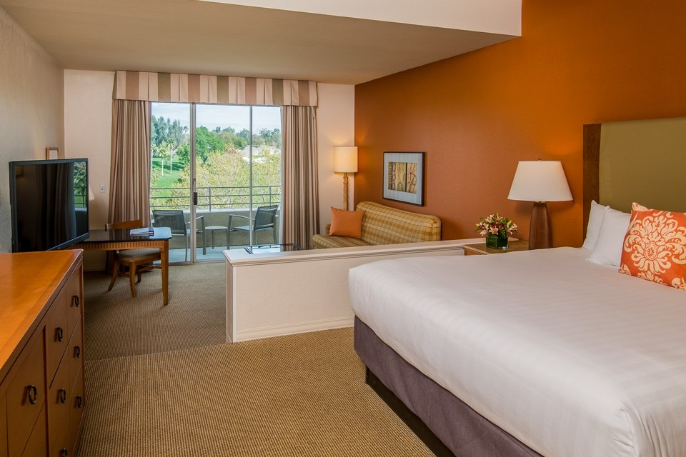 King Guest Room, Golf