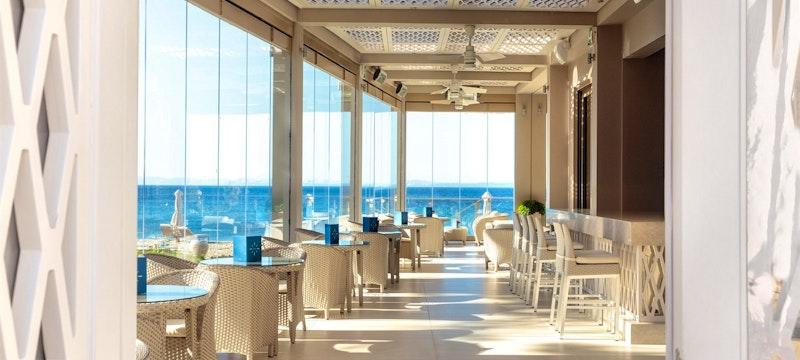 Helios Bar Beachfront