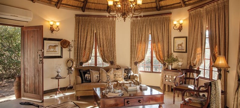 Bedroom interio  at Kings Camp Private Game Reserve, South Africa