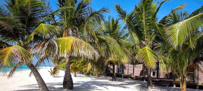 Sangu Jacuzzi Beach Villas