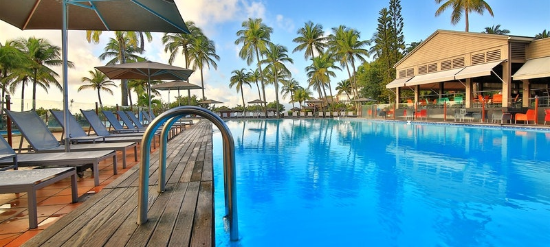 Sun Deck & Pool