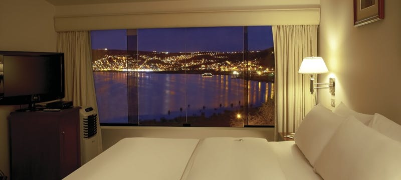 Bedroom with view, Libertador Puno