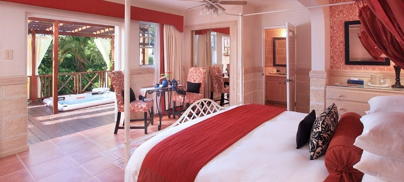 Garden Suite With Jacuzzi at Little Arches Boutique Hotel