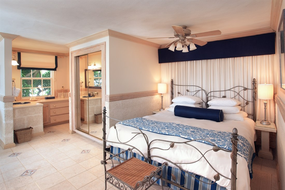 Luxury Ocean Suite With Pool at Little Arches Boutique Hotel