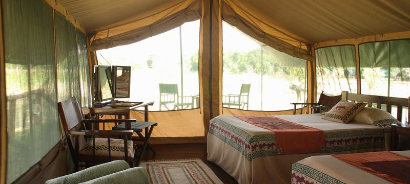 Luxury Tents at Little Governors' Camp