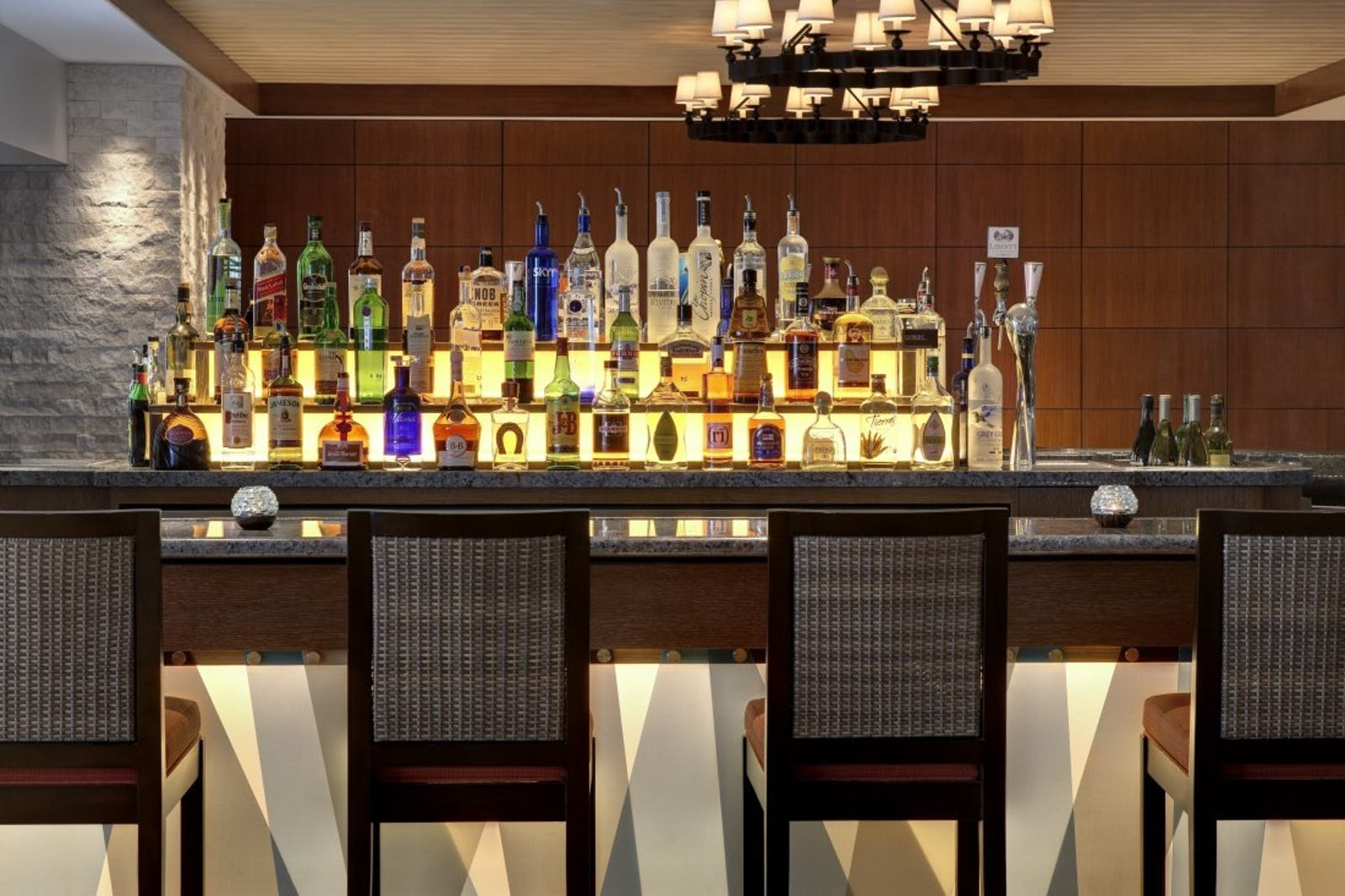 Bar at Loews Coronado Bay Resort, San Diego