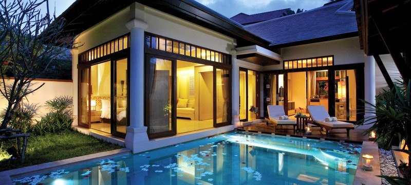 Family Pool Villa
