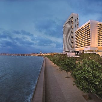 The Oberoi, Mumbai Exterior