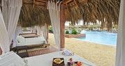 Royal Service Pool And Cabanas