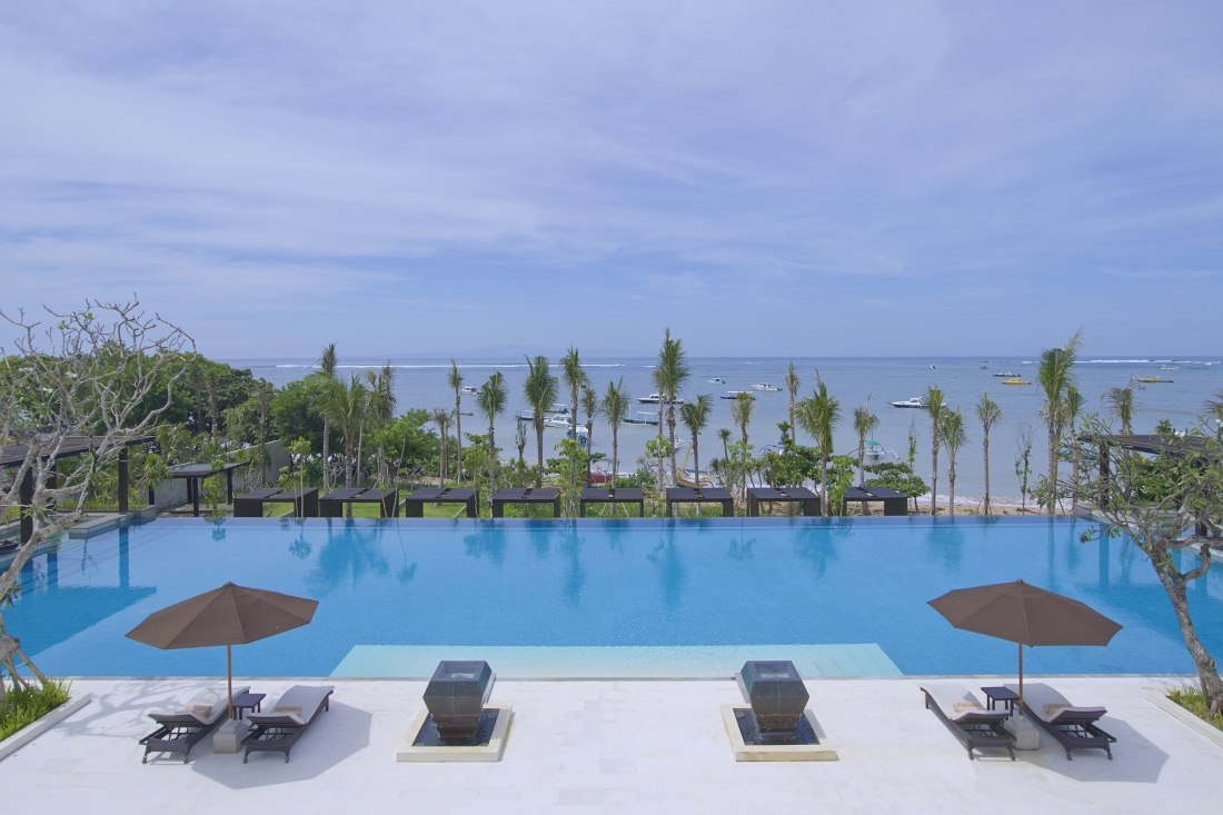Infinity Pool at Fairmont Sanur Beach Bali