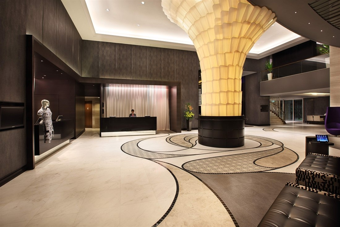 Lobby at Rendezvous Hotel Singapore