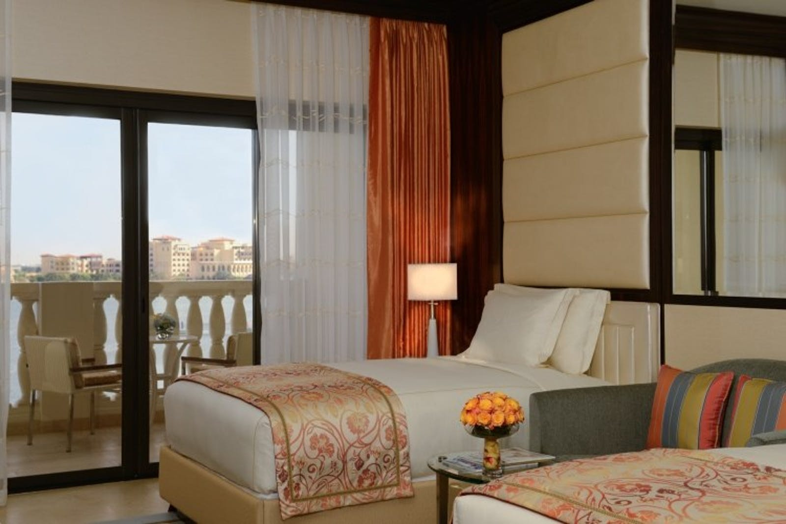 Deluxe Twin at Ritz Carlton Abu Dhabi, Grand Canal