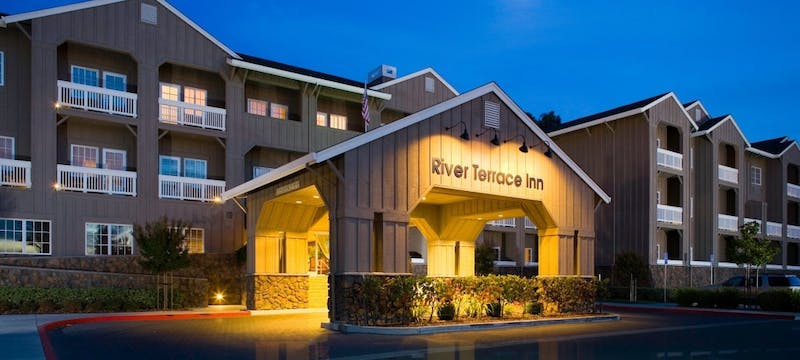 Entrance to River Terrace Inn, A Noble House Hotel
