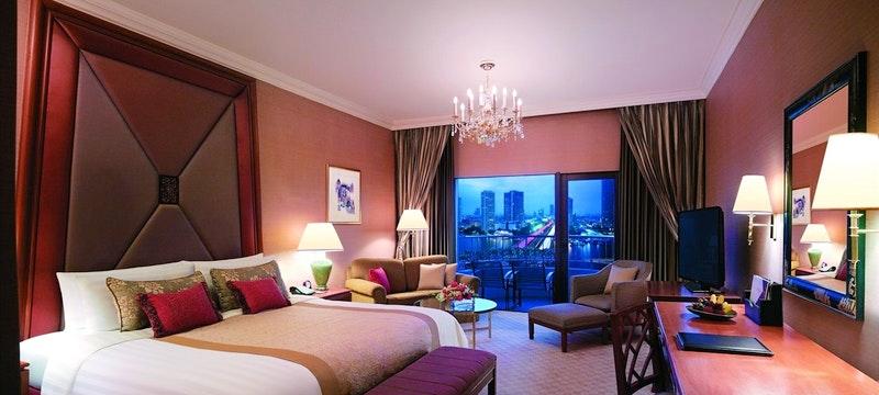 Krungthep Deluxe Balcony Room
