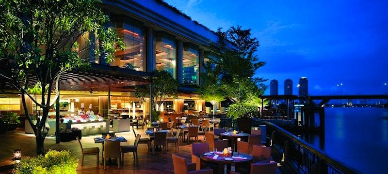 NEXT2 Cafe Terrace