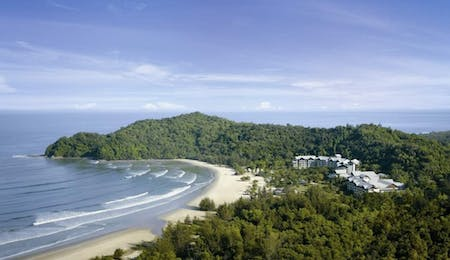 Beach view of Shangri La Rasa Ria Resort, Borneo