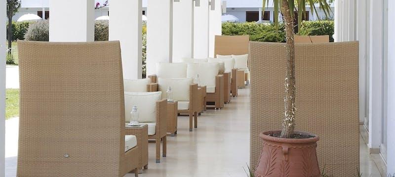 Lounge lobby verandah