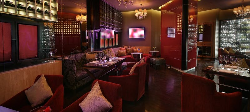 Angelina Bar & Lounge